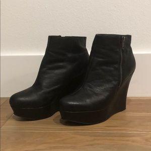 Aldo wedge platform boot